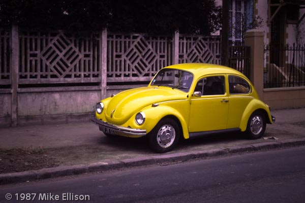 VW Beetle in Paris